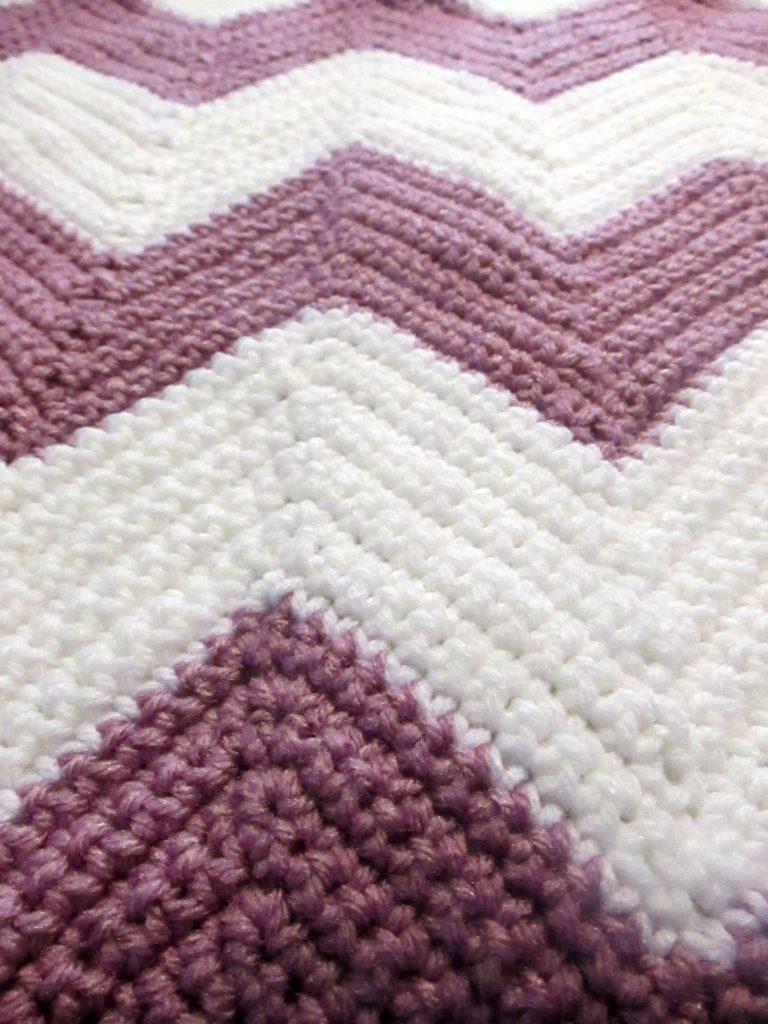 The Best Beginner Crochet Chevron Blanket FREE Pattern!