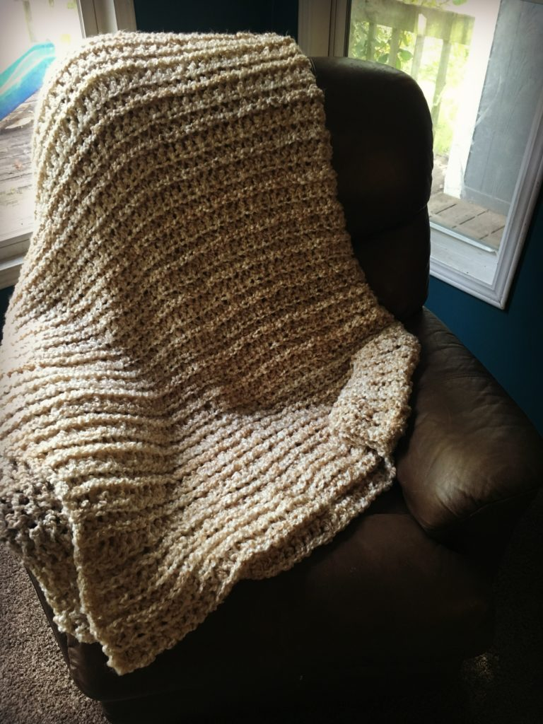 The Perfect HOMESPUN Yarn Blanket Pattern! - YarnHookNeedles