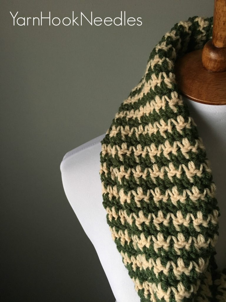 Houndstooth Infinity Scarf with FREE Pattern! - Yarn|Hook|Needles