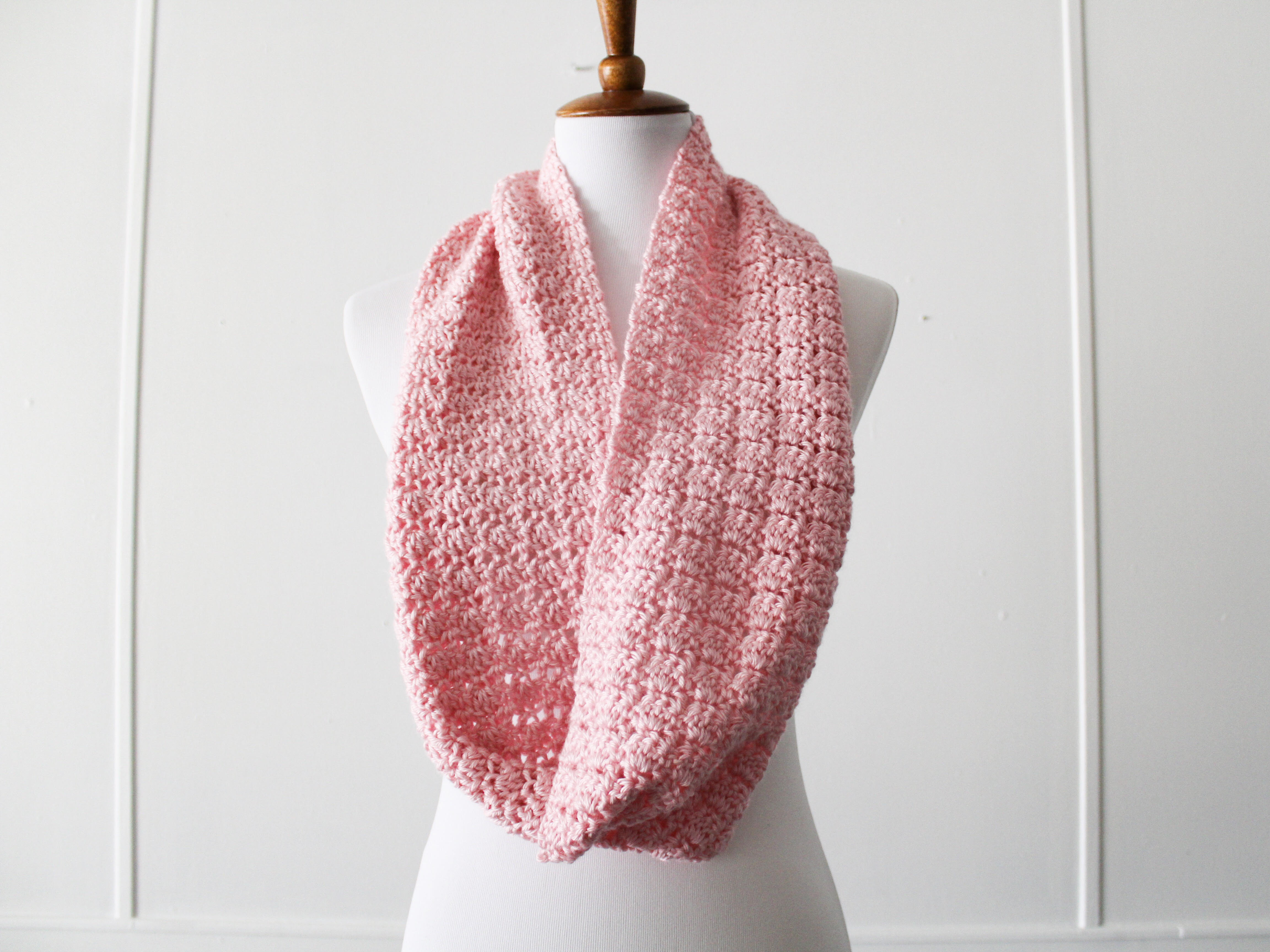 Simple Scarf Pattern Using One Skein of CARON Simply Soft