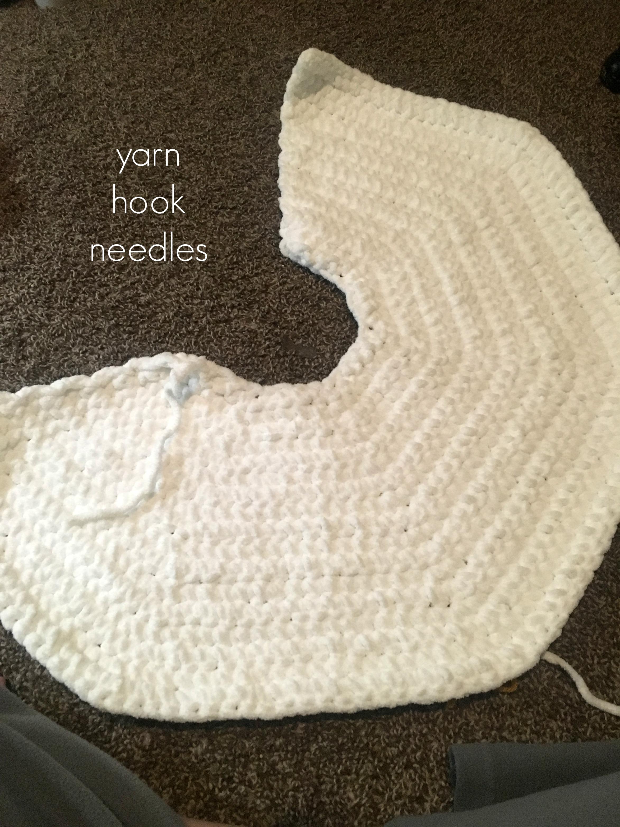 Chunky Crochet Christmas Tree Skirt With Free Pattern Yhn