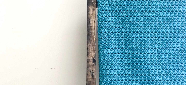 The Easiest Crochet Baby Blanket Pattern